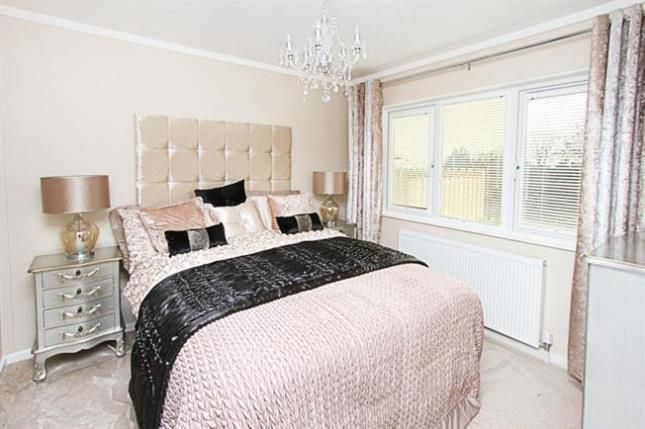 Thumbnail Mobile/park home for sale in Bramley Park, Marsh Lane, Sheffield, Derbyshire