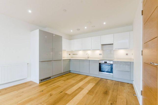 Thumbnail Flat to rent in Stoneway Walk, Mile End