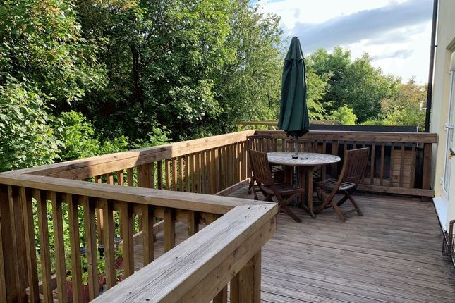 Decking of Ackland Close, Shebbear, Beaworthy EX21