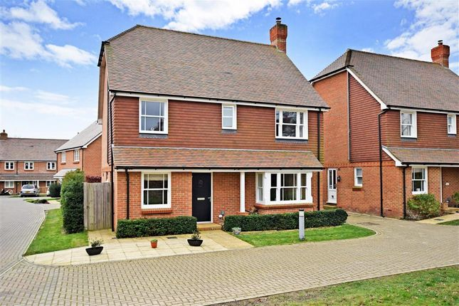 4 bed detached house for sale in Trug Close, East Hoathly, East Sussex