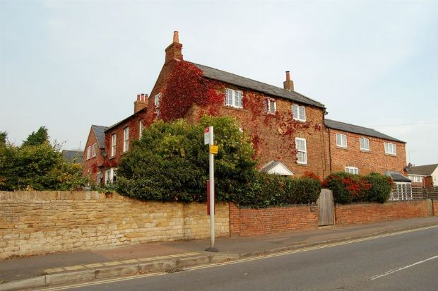 Thumbnail Property for sale in Boughton Green Road, Kingsthorpe, Northampton