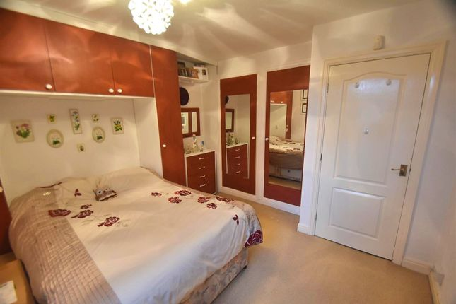 Bedroom 2 of Hunters Mews, Oakfield, Sale M33