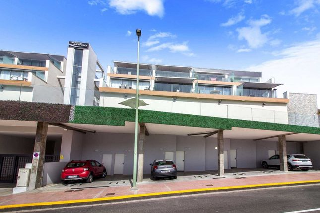 Thumbnail Apartment for sale in Amadores, Mogan, Spain
