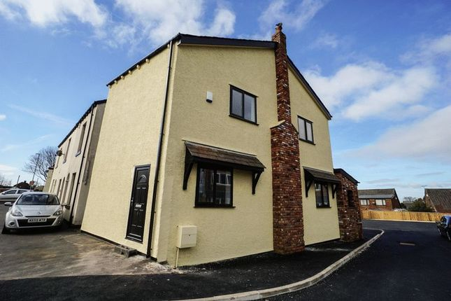 Thumbnail Detached house to rent in Chorley Road, Blackrod, Bolton
