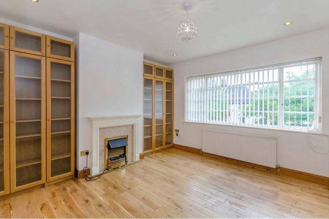 Thumbnail Flat to rent in Ossulton Way, London