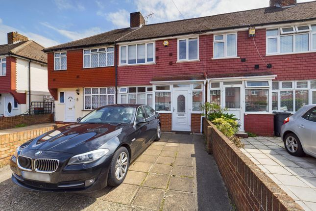 Thumbnail Terraced house for sale in Lansbury Avenue, Feltham, Middlesex