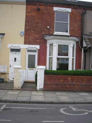 Terraced house to rent in Glebe Road, Cleethorpes