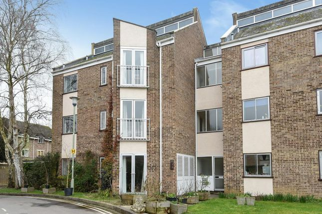 Thumbnail Flat for sale in Ridgemont Close, Summertown