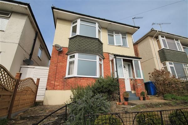 Thumbnail Semi-detached house to rent in Courthill Road, Parkstone, Poole