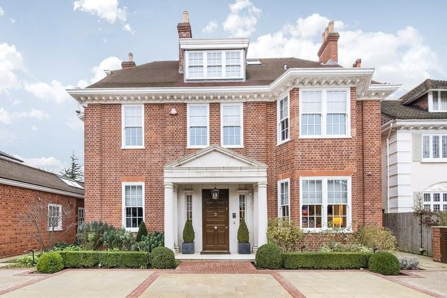 Thumbnail Property to rent in Stormont Road, London