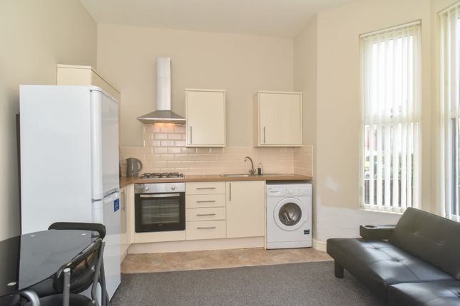 Thumbnail Flat to rent in Hartington Road, Liverpool