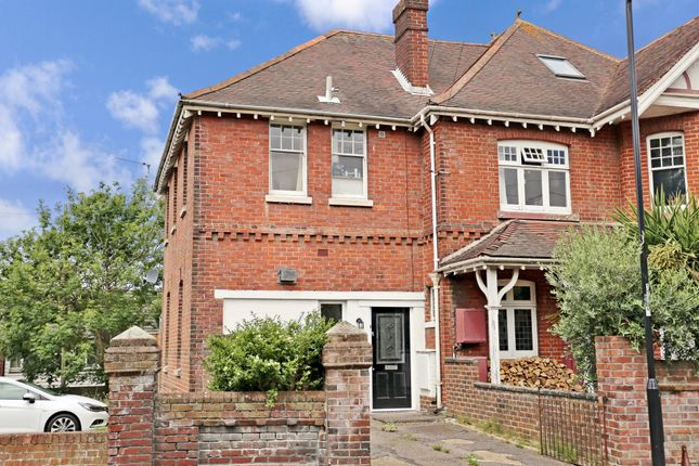 Thumbnail Semi-detached house to rent in St. Catherines Road, Southampton