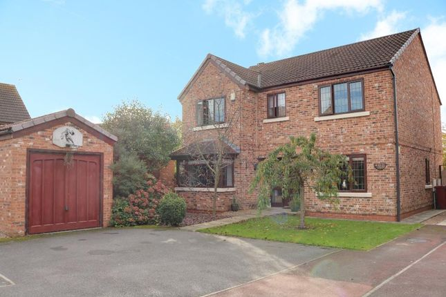 Thumbnail Detached house for sale in The Rein, Westwoodside, Doncaster