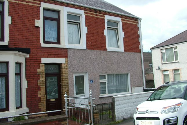Thumbnail Flat to rent in Castle Street, Port Talbot