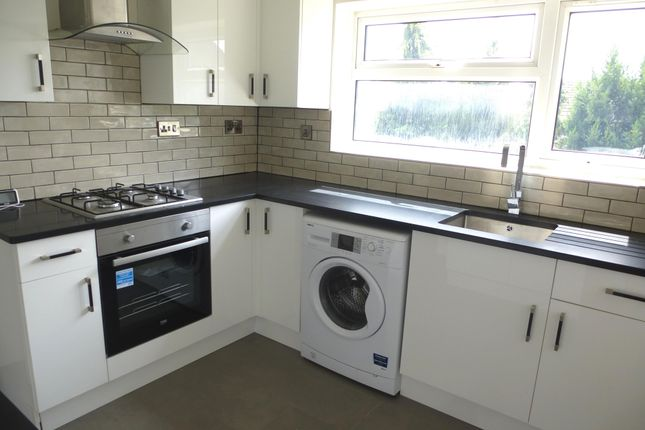 2 bed flat to rent in Bean Close, St. Neots PE19