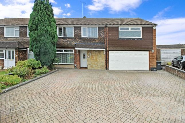 Thumbnail Semi-detached house to rent in Stanmore Crescent, Luton