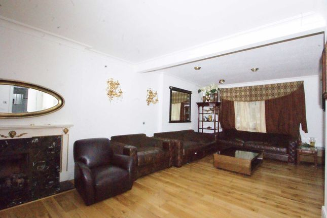 Thumbnail Semi-detached house to rent in Vyner Road, London