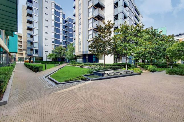 Thumbnail Flat for sale in Dance Square, Clerkenwell, London