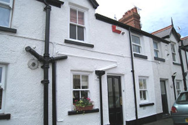 Thumbnail Terraced house to rent in Gwindy Street, Rhuddlan