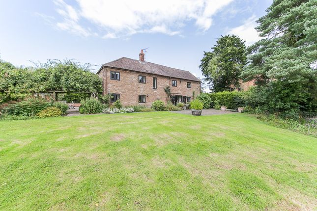 Thumbnail Barn conversion for sale in Nurton Court, Middleton On The Hill