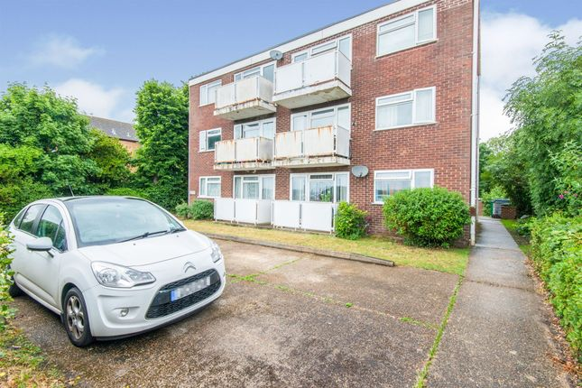 Thumbnail Flat for sale in Paynes Road, Shirley, Southampton