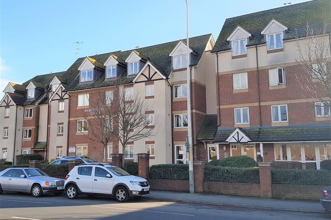 Thumbnail Flat for sale in Worthington Lodge, East Street, Hythe