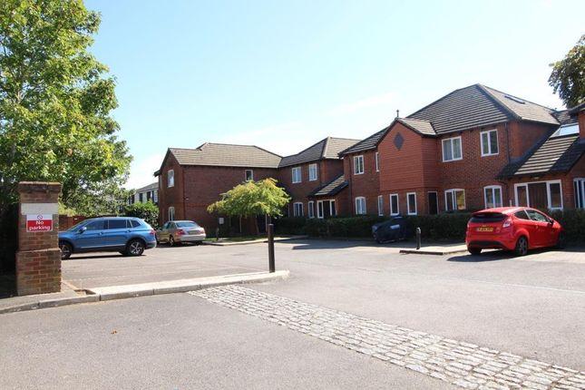 Img_9734 of Parkhouse Lane, Reading RG30