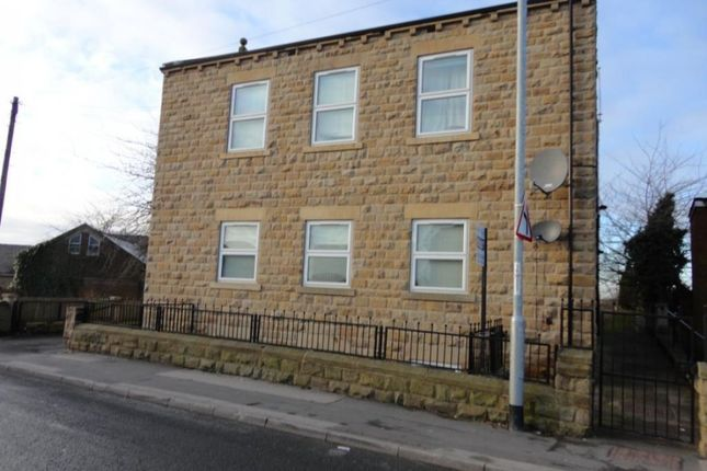 Thumbnail Flat to rent in Main Street, Wakefield
