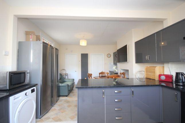 Communal Kitchen of Beechwood Avenue, Mutley, Plymouth PL4