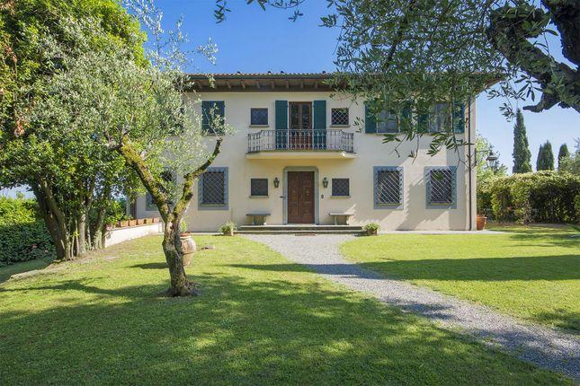 Via di Sant'alessio, 3680, 55100 Lucca Lu, Italy