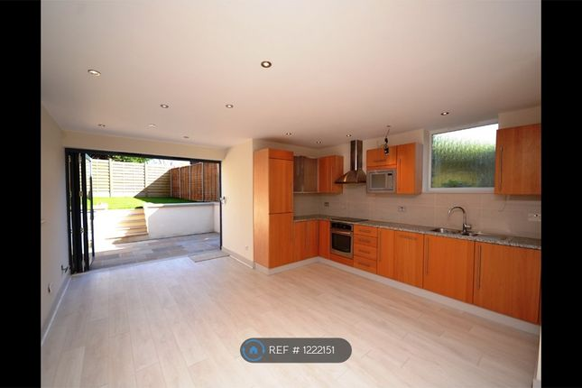 Thumbnail End terrace house to rent in East End Road, London