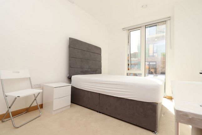 Photo 1 of Elliot Lodge, 7 Cyrus Field Street, Greenwich SE10
