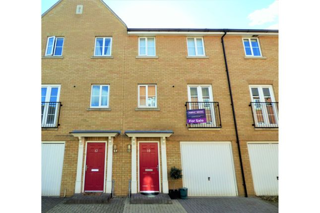 Thumbnail Town house for sale in Appleton Mews, Colchester