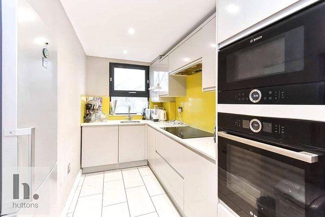 3 bed flat for sale in Westerdale Court, Highbury N5