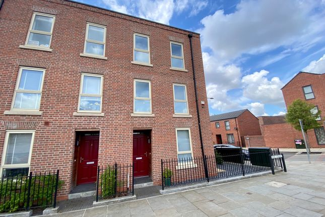 4 bed town house for sale in Park Street, Derby DE1