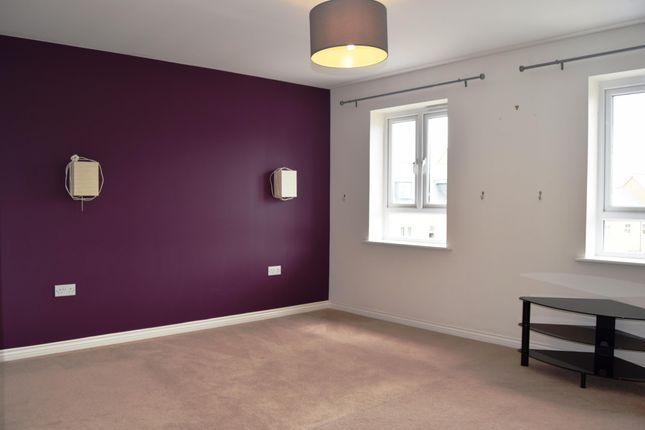 Thumbnail Property to rent in Whitley Road, Room 1, Upper Cambourne, Cambridge