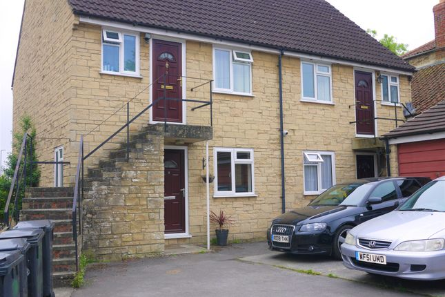 Thumbnail Flat to rent in York Place, Yeovil