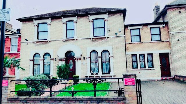 Thumbnail Terraced house to rent in Windsor Road, Forest Gate London