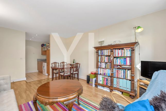 1 bed flat to rent in Pipers House, Collington Street, Greenwich SE10