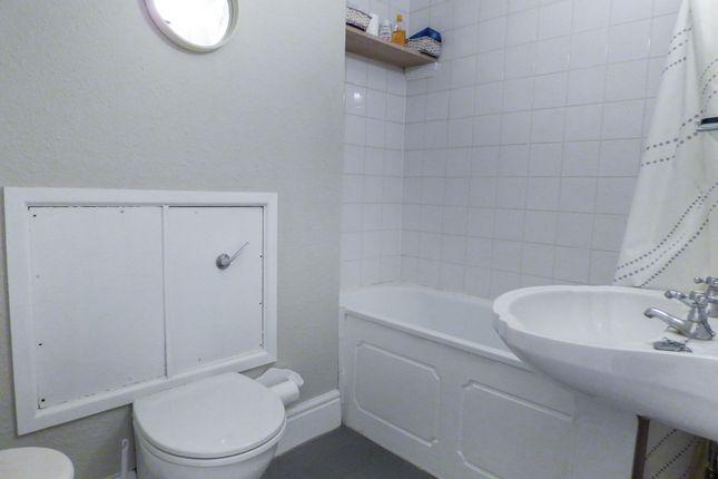 Bathroom of Sydney Place, Bathwick, Bath BA2