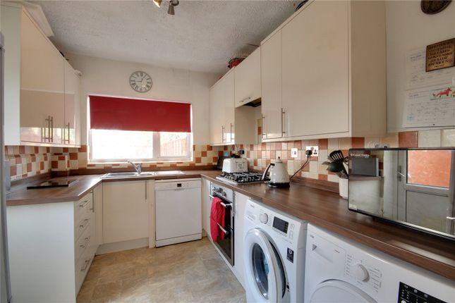 Picture No. 09 of Bertram Road, Enfield EN1