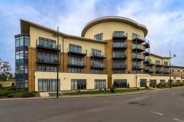 Thumbnail Flat for sale in Windsor Esplanade, Cardiff, Caerdydd