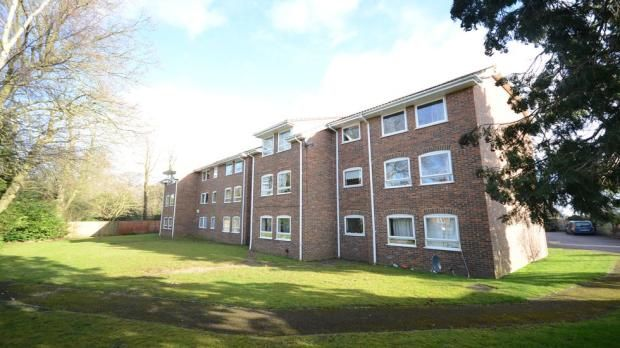 Thumbnail Flat to rent in Underwood Court, Chapel Lane, Binfield