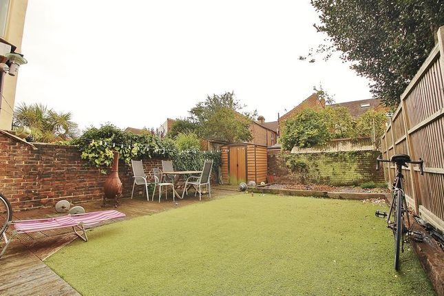 Garden of Orchard Road, Southsea PO4
