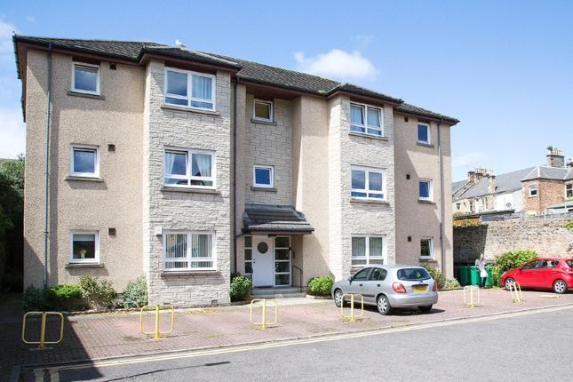 Thumbnail Flat to rent in Douglas Street, Kirkcaldy