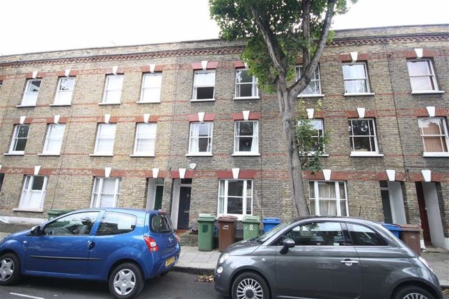 Thumbnail Property to rent in Henshaw Street, London