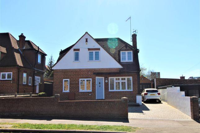 3 bed detached house for sale in Byng Drive, Potters Bar EN6