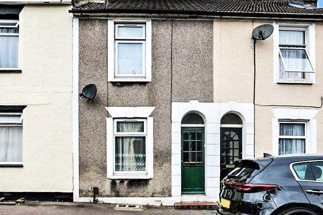 Thumbnail Terraced house to rent in Skinner Street, Gillingham, Kent