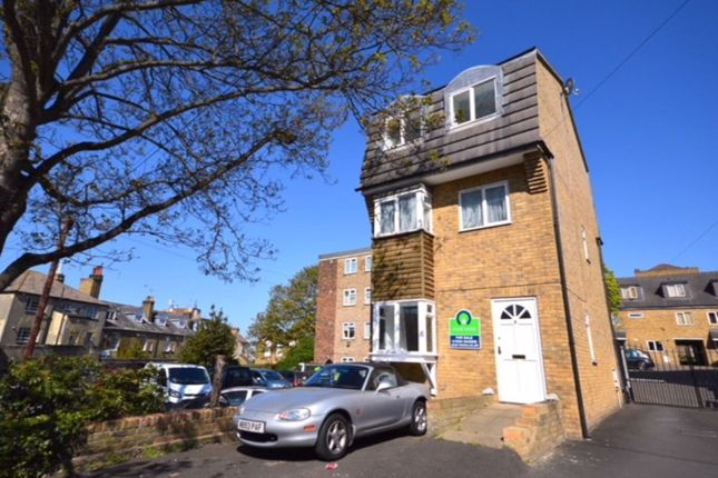 Thumbnail Detached house for sale in Gravel Walk, Rochester