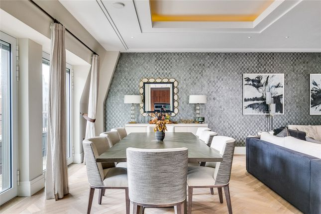 Thumbnail Maisonette for sale in Drake House, 76 Marsham Street, London